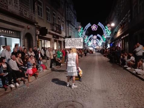 A sátira é uma das imagens de marca da Marcha