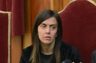1Paula Oliveira
